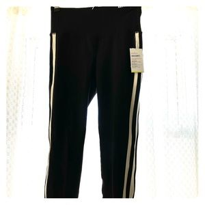 Old Navy black athletic pants